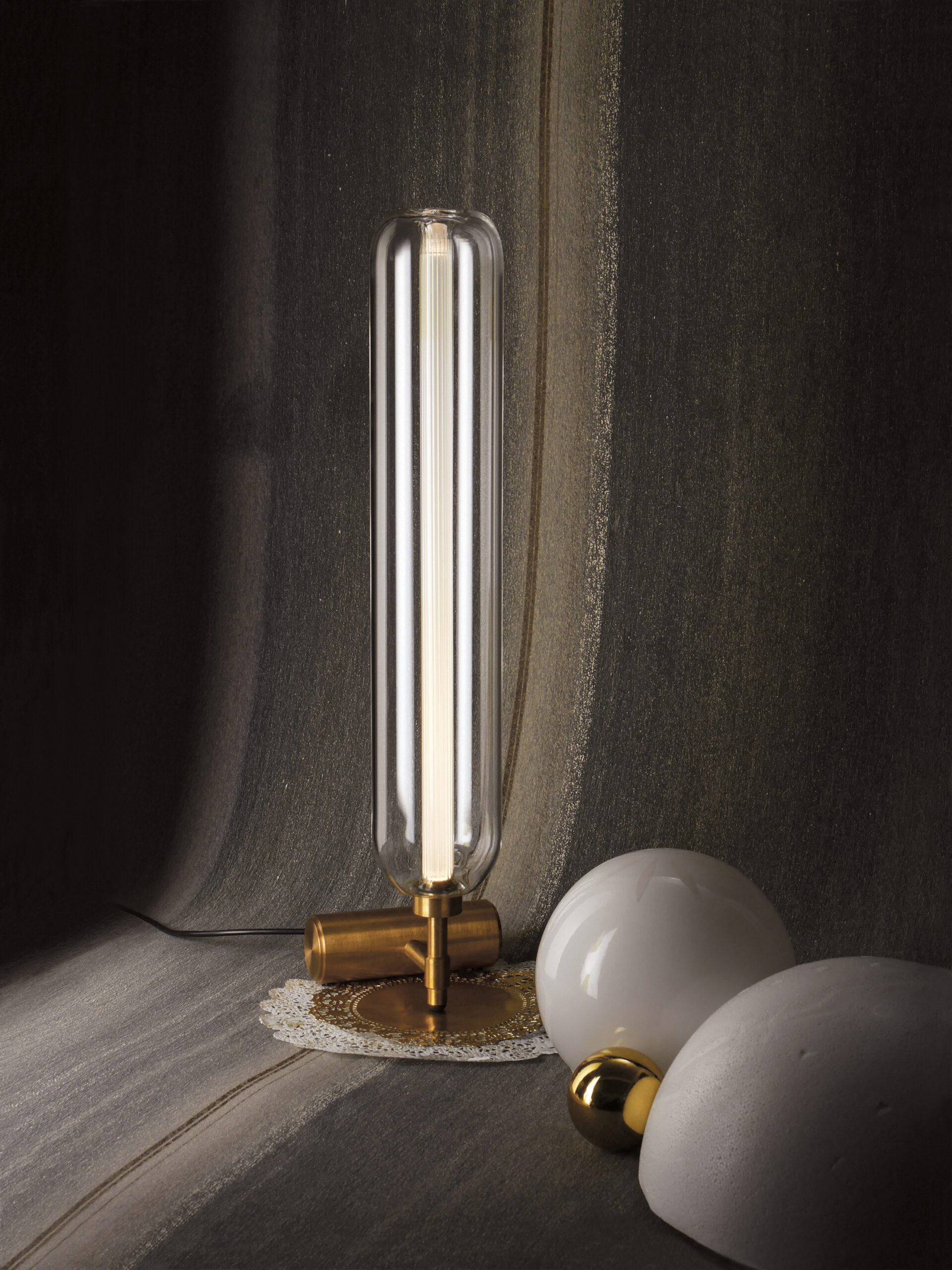 Scintilla brass & glass lamp designed by Pietro Russo for Dante - Goods and Bads